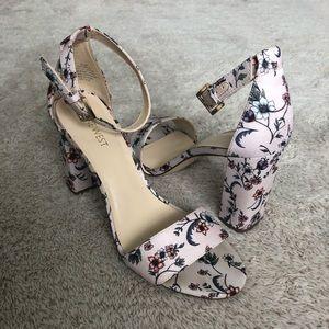 Nine West Floral Pruce Chunky Heels